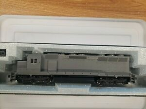 NEW KATO HO SCALE 37-1740 UNDECORATED EMD SD45 DIESEL ENGINE