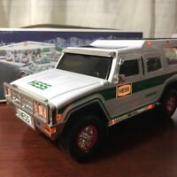 NEW IN BOX HESS SUV 2004 40TH ANNIVERSARY SPORT UTILITY VEHICLE WITH MOTORCYCLE