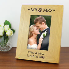 Personalised Oak Finish 6x4 Mr and Mrs Photo Frame Gift