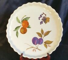 """Royal Worcester 9"""" Evesham 'M'-1961 Oven to Table Dish"""