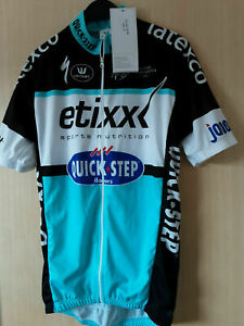 BNWT Vermarc Etixx Quick-Step S/S Jersey 2015 Mens SIZE small. Full zip.