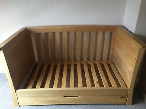 Mamas and Papas Ocean Cot Bed / Day Bed, Light / Golden Oak, Used