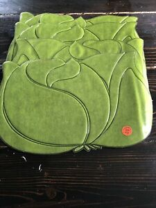 4 Vintage Town and Country Green Art Deco Flower Design Placemats