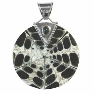 Offerings Sajen 925 Sterling Silver Cone Shell & Black Star Diopside Pendant