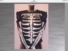 Halloween.Bones Glow in the dark top with zip off sleeves. From Lovebomb.Cotton