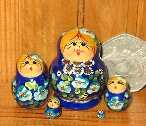 Nesting Russian Dolls Matryoshka Babushka 5 tiny BLUE signed MINIATURE