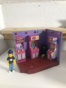 The Simpsons Interactive Noiseland Arcade Playset with Jimbo Jones Figure