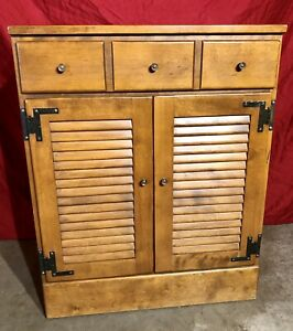 Ethan Allen Heirloom Lower Cabinet 10-4503 CRP Maple Nutmeg.