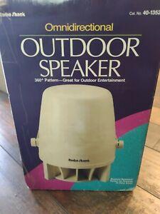BRAND NEW RADIO SHACK 40-1352 OMNIDIRECTIONAL INDOOR/OUTDOOR SPEAKERS NIB