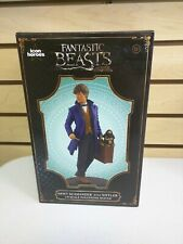 Newt Scamander with Niffler 1/9 Scale Polystone Statue by Icon Heroes