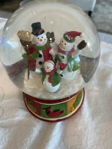 Musical Snowman Snow Globe -Plays We Wish You a Merry Christmas