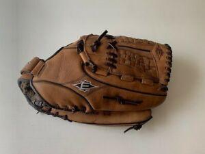 """Easton 14"""" pattern ne14 steer hide Softball glove"""