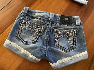 ADORABLE MISS ME JEAN SHORTS 25 W14/L2.5/R8 LACE TRIM SEQUIN NICE BUCKLE STRETCH