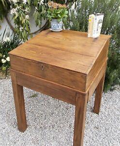 clerk's desk, shop counter,19c Rustic Pine,french ,Reception desk