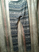 New Pink Republic Elephant Tribal Leggings Blue Sz S Womens NWT $30 MSRP