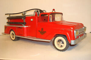 VINTAGE TONKA TOY RED FORD PUMPER FIRETRUCK #926,RESTORE PROJECT DISPLAY PARTS