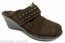 New BORN Brown Suede Mules Shoes 7 or 38 Crown Clogs