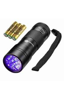 TaoTronics 12 LEDs 395nm UV Blacklight Flashlights Detector for Stains