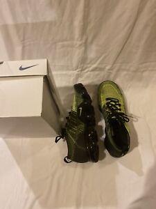 11.2 Nike Air Vapormax Flyknit 2 Volt size 11.2 942842-701