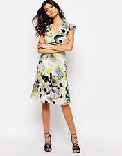 River Island Polyester V-Neck Floral Dresses for Women