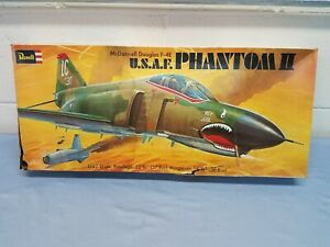 Vintage 1974 Revell USAF F4-E Phantom II Airplane 1/32 Plastic Model Kit H-198