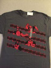 DEADPOOL (MARVEL COMICS) T-SHIRT XL by We Love Fine
