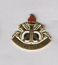 US ARMY 108th INFANTRY DIVISION TRAINING crest DUI badge Clutchback D-22