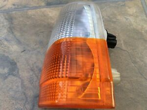 VOLVO 740 NEW FRONT OFFSIDE SIDELIGHT UNIT