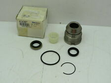 49520L3000 Nissan Forklift Piston Rod Cover Assy Seal KIt