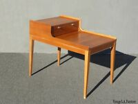 Vintage Mid Century Modern Golden Brown End Table Milo Baughman Style