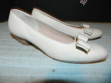 Salvatore Ferragamo 59933 Linen Ribbon woman Shoes size 8B - VGUC