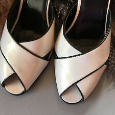 White LEATHER HEELS shoes   like new ENZO ANGIOLINO
