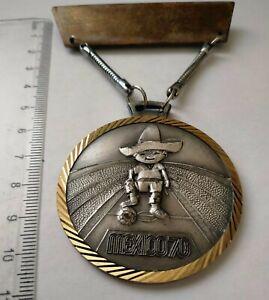 Vintage JUANITO FIFA World Cup Mexico 1970 soccer badge medal