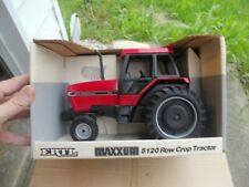 Case IH International 5120 Tractor 1/16 scale Vintage Ertl Co NIB in Box 634