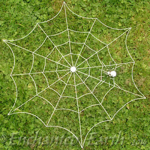 NEW CHROME WITCHES SPIDERS WEB WITH SPIDER - FOR THE GARDEN OR HOME/TREE DECS
