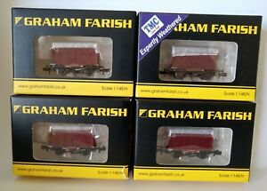 Graham Farish N Gauge consisting of 4 No CONFLAT Wagons with BD Container