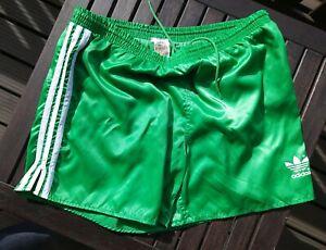 Adidas Nylon Vintage Shorts Gr. 8 grün weiß shiny Glanz