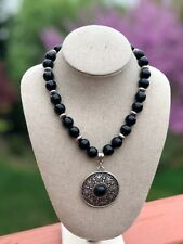 AJ220 - Beautiful black Onyx necklace with pendant. Perfect for a gift!