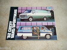 1982 Chevrolet Beauville Van G10 G20 G30 Sportvan sales brochure literature