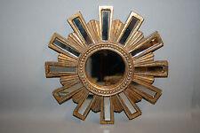 Glace / miroir soleil avec 12 barrettes en miroir  Diam 24 cm patine dorée
