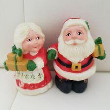 "Vintage Hallmark Santa & Mrs Claus Christmas Salt and Pepper Shakers 3"""
