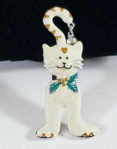 Christmas Holiday  Brooch Pin Silver Tone White Glitter Cat with Bell on Tail