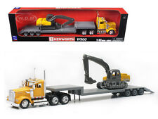 KENWORTH W900 YELLOW LOWBOY WITH BACKHOE EXCAVATOR 1/43 MODEL BY NEW RAY 15293
