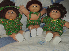VINTAGE CABBAGE PATCH DOLLS LOT OF 3 DRESSED AS TRIPLETS 2 GIRLS 1 BOY