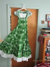 Victorian Choice Dress Beautiful Green Snowflakes Costume Vintage Renaissance