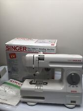 SINGER Tiny Tailor Mending Sewing Machine TT600A. Tested Working + Box + Manual