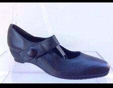 Munro Womens Black Mary Jane Heels Size 9 N