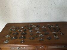 gros lot de 32 anciens verrous clenches targettes loquets et lot de gaches