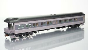 Walthers Heavyweights Lounge Observation Union Pacific Gray HO scale