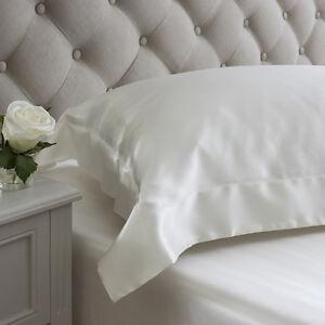 Jasmine Silk Oxford Square Silk Pillow Case Ivory 65 x 65 + 7cm